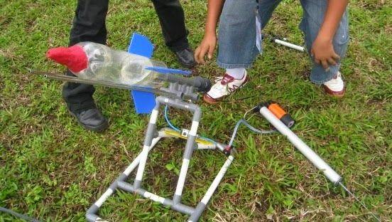 aktiviti menarik bulan sains dan matematik pertandingan roket air